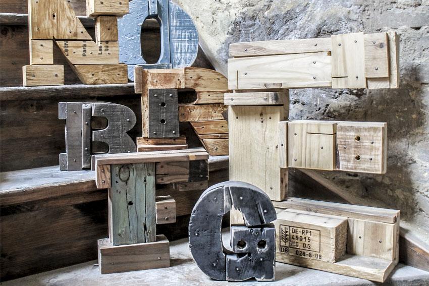fotografia, petula plas, letras, madera