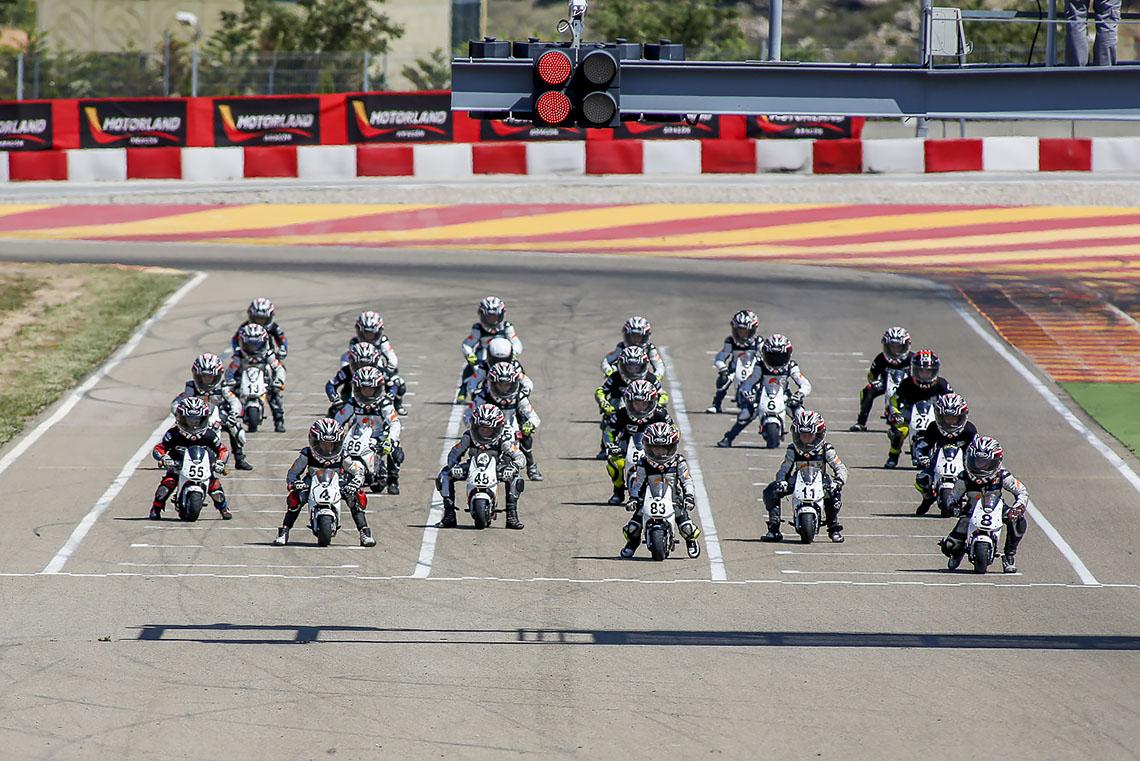 Ferran-Mallol, fotogrado-deportivo, fotografo-de-motor, motos, cuna-de-campeones, motorland, motociclismo, motociclismo infantil, minimotos,