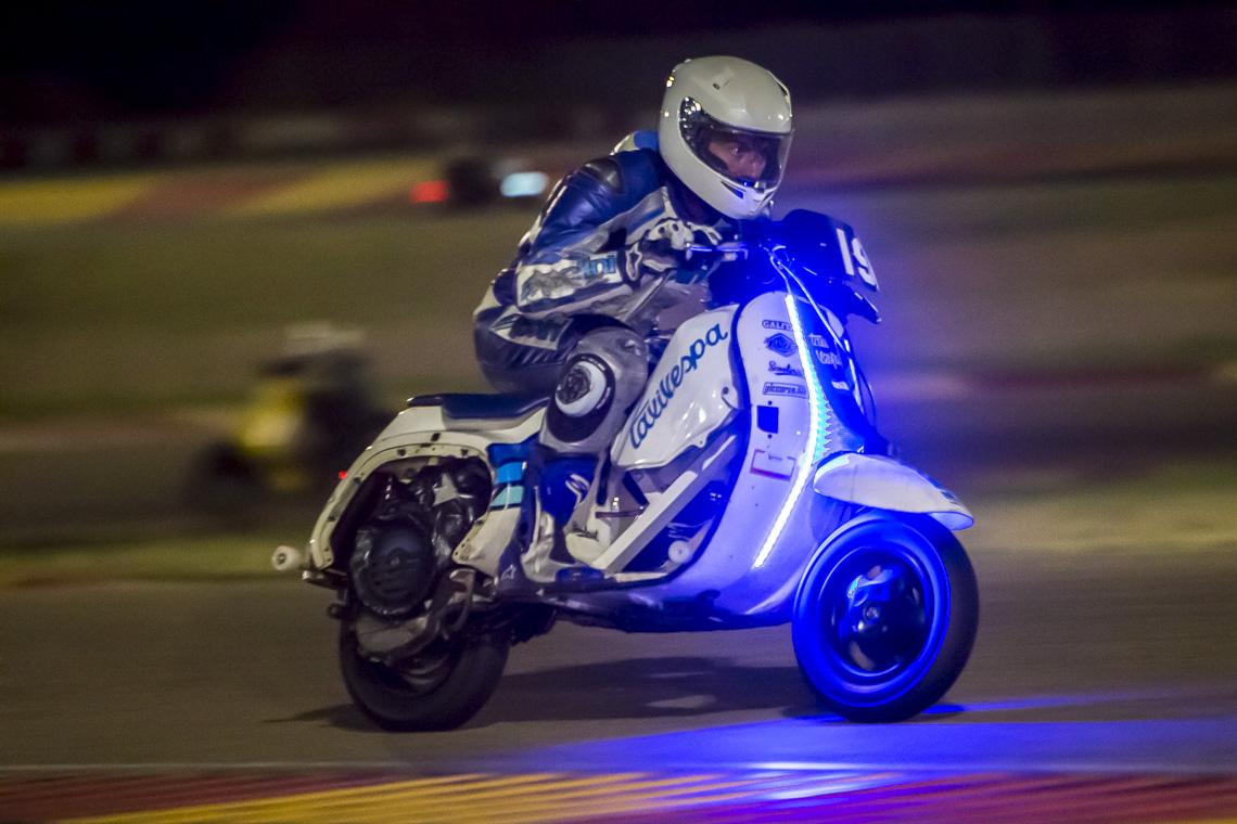 Ferran-Mallol, fotogrado-deportivo, fotografo-de-motor, motos, vespa, motorland, 6-horas-vespas