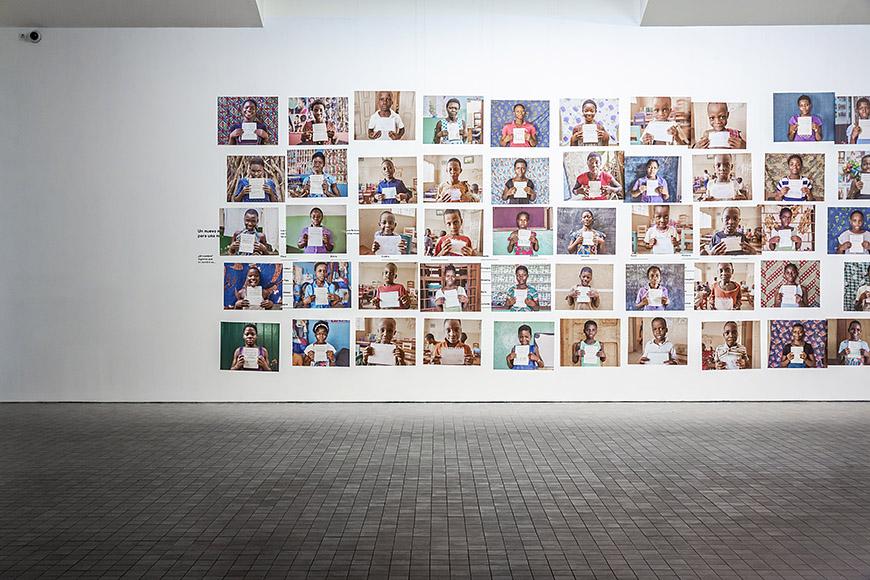 """Una exposición para no olvidar """"Niños esclavos"""" de Ana Palacios, museo Pablo Serrano de Zaragoza, fotografo para eventos, fotografo de congresos, fotografia profesional, reportajes empresariales, fotografia de publicidad"""